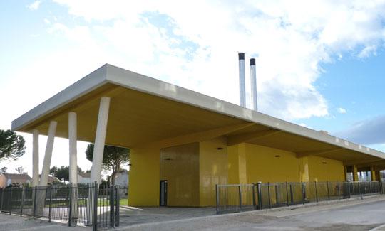 Un réseau de chaleur alimenté par le bois et le solaire à Juvignac, Hérault