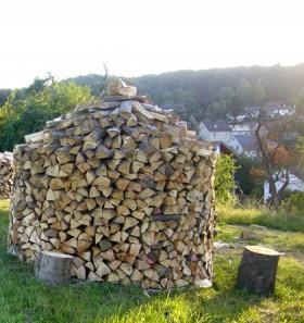 Bois de chauffage en diois une initiative citoyenne sociale et solidaire m - Ranger du bois de chauffage ...