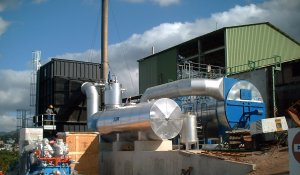 Chaudière biomasse à la distillerie Bologne en Guadeloupe, photo Atlantique Thermique