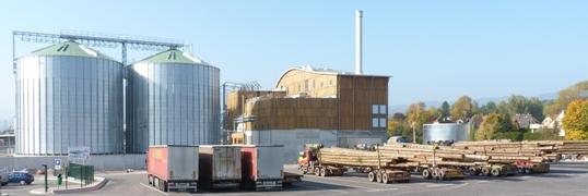 Centrale de cogénération à droite et silos à granulés Phénix-Rousies à gauche, photo Frédéric Douard
