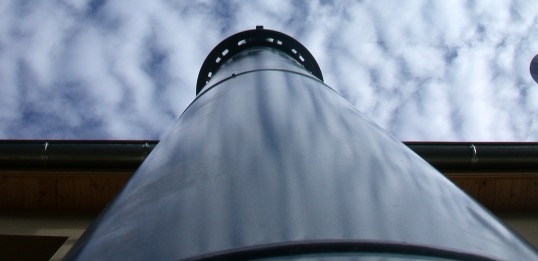 Cheminée de chaufferie biomasse, photo Frédéric Douard