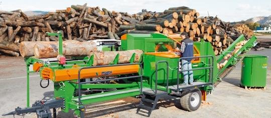 Fendage professionnel de bois bûche, photo Posch