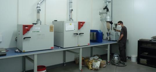 L'une des salles dédiées aux biocombustibles dans le laboratoire Socor de Dechy, photo F. Douard