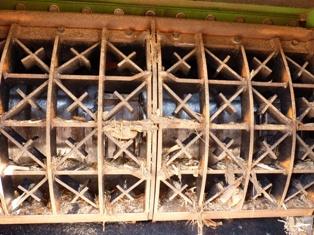 La grille du broyeur polyvalent Willibald, photo Frédéric Douard