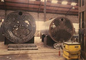 Fabrication des échangeurs des deux premières chaudières en 1984, à Harelbecke, photo Vyncke