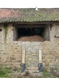 Fenêtre d'alimentation du silo de Thierry Compiègne, photo Frédéric Douard