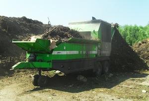 Broyage des déchets verts par le Willibald SR 5000, photo Agriopale - Distribué par Hantsch.