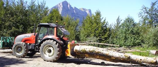 Tracteur débusqueur, photo Lionel Seigner