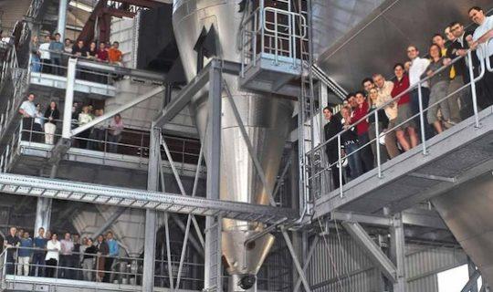 Personnel de ERDA sur les passerelles de leur chaudière Vyncke de 30 MW en 2005