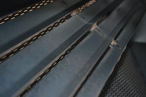 Détail de la grille du dépoussiéreur, photo Frédéric Douard
