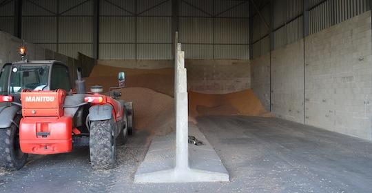 Silos de granulés à plat des Ets Flandre Energies, photo Frédéric Douard