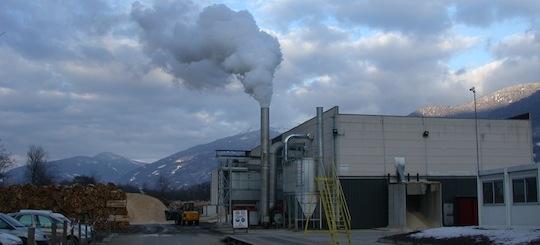 Usine de granulés Savoie Pan à Tournon, construite en 2003 par Maurizio Annovati, photo Frédéric Douard