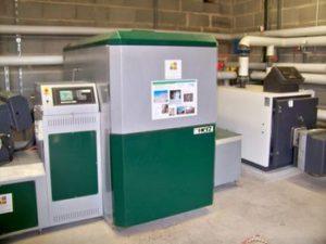 La chaudière automatique à bois Herz de 150 kW à St-Jean-de-Thouars