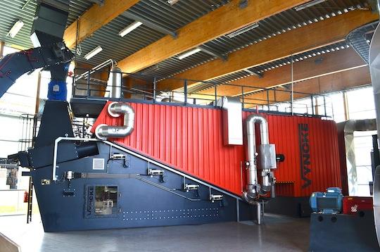 La plus grande usine Volvo Trucks d'Europe chauffée au bois
