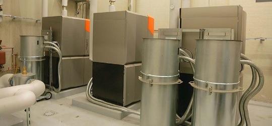 Les trois chaudières Guntamatic de 3×100 kW, photo Chambre d'Agriculture d'Alsace