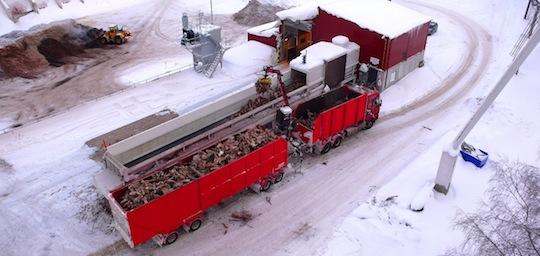 Poste de broyage des biocombustibles à la papéterie UPM de Kaipola en Finlande, photo UPM