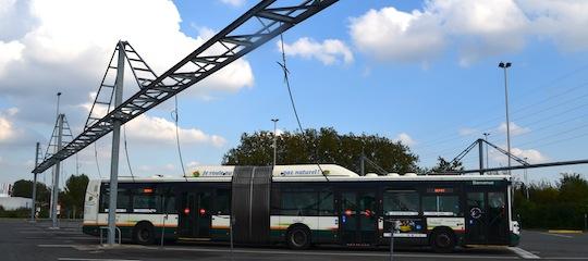 Station de chargement en BioGNV des bus Transpole à Lille, photo Frédéric Douard