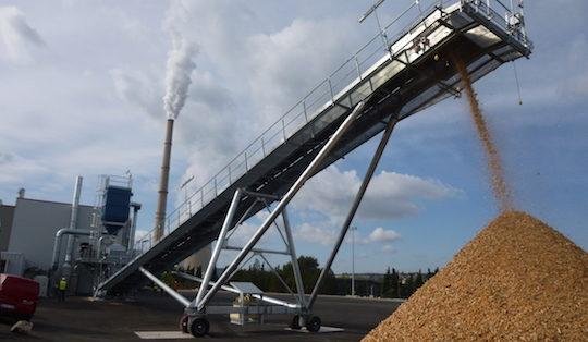 Test de broyage le 21 octobre 2014 sur la plateforme E.On de Gardanne, photo E.On
