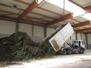 Arrivage de déchets verts, photo Hantsch
