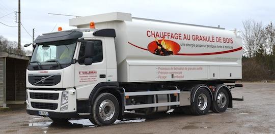 Citerne à granulés Transmanut des Ets Guillemeau dans l'Yonne, photo FD