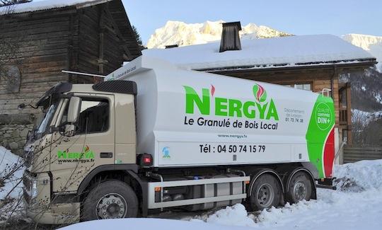 Citerne à granulés Transmanut des Ets N'ergya en Haute-Savoie