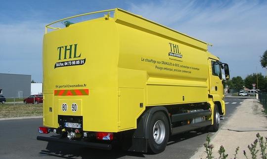 Citerne à granulés Transmanut des Ets THL dans le Puy-de-Dôme