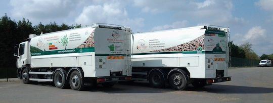 Les deux camions souffleurs Transmanut avec pesée embarquée, photo ABE