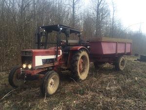La ferme utilise du matériel adapté à la taille des parcelles, photo Rémi Foucher