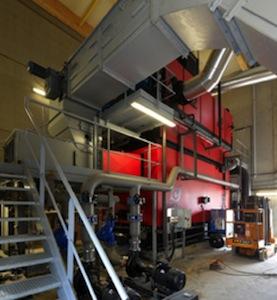 La chaudière Compte R. de 7 MW lors de son montage, photo Atelier des Deux Anges
