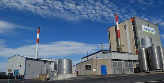 Les Ets Bonilait à Saint-Flour disposent d'une chaufferie bois de 5,2 MW depuis 2011, photo F Douard