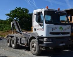 Le camion de livraison du bois-énergie de la scierie de Miremont, photo Frédéric Douard