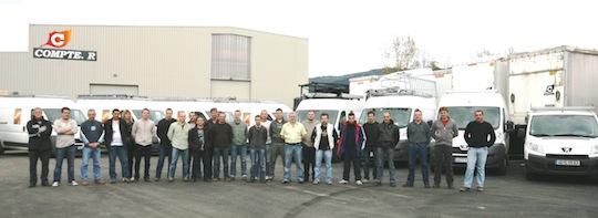Une partie de l'équipe Compte R. sur le site de Dore-L'église, photo Compte R.