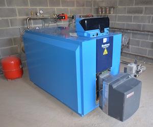 La chaudière d'appoint à biogaz pour le chauffage des bassins de spiruline, photo Frédéric Douard