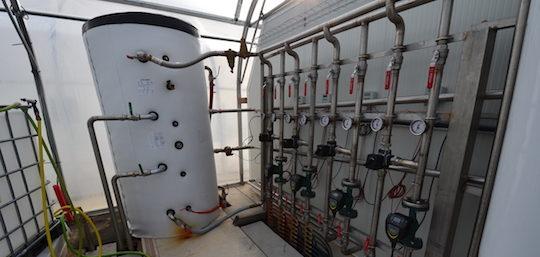 L'installation hydraulique de la serre à spiruline, réalisée par AES Dana, photo Frédéric Douard
