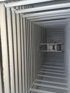 Vue des tubes d'eau de la chaudière d'AEB, photo Tim Ricaud, Alpes Energie Bois