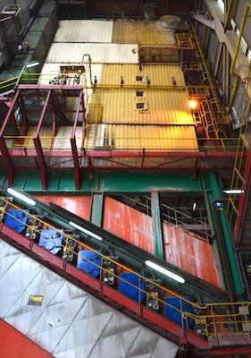 Foyer à rouleaux de type Babcock à l'usine d'incinération des ordures ménagères Valorly de Rillieux-la-Pape, photo Frédéric Douard