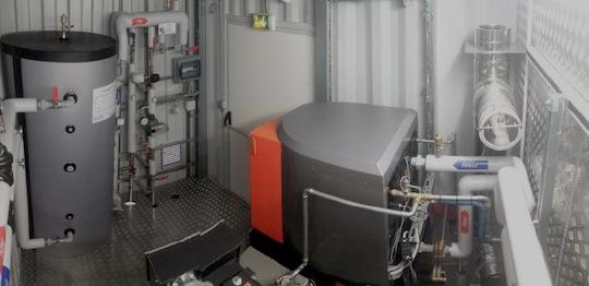L'intérieur de la chaufferie -conteneur terminée, photo AHCS