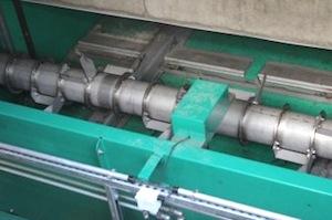Rouleaux décompacteurs sur 2 trémies à fond mouvant sur l'installation RWE de Bergheim, photo Waterleau