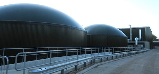 Digesteurs de Willem Biogas à Londres, photo Xergi