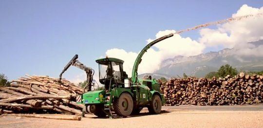 La déchiqueteuse Albach de la société Bois des Alpes