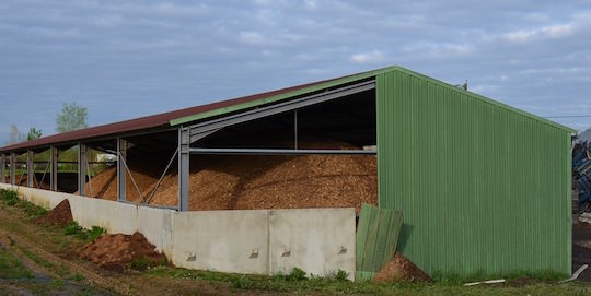 Stockage de plaquettes sèches AGRI 2000 pour les petites chaufferies, photo Frédéric Douard