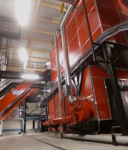 L'une des deux chaudières à biomasse WEISS à Caen, photo Weiss