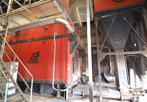 La chaudière Compte R. de 3,2 MW alimente le sechoir a sciure, photo Frédéric Douard
