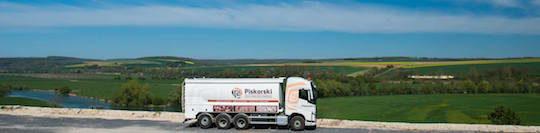 La vallée de le Meuse vue de la plateforme Piskorski, et avec le camion souffleur Transmanut de 20 tonnes de charge, photo Piskorski
