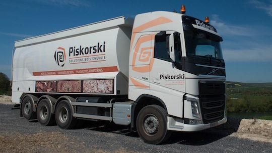 Le deuxième camion souffleur Transmanut avec 20 tonnes de charge, photo Piskorski