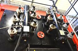 Les ramoneurs pneumatiques de l'échangeur chaudière Weiss, photo Frédéric Douard