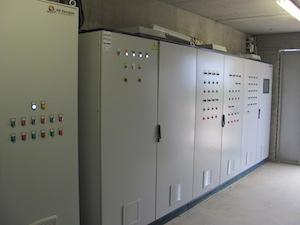 Armoires de commandes Fertiwatt fournies par AES Dana, photo GR Energies