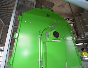 L'affineur de matière première séche FRIEDLI, photo Frédéric Douard