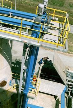 Spires verticales pour alimentation de silos, photo Jean De Carvalho