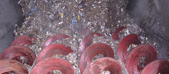 Trémie à déchets avec spires, photo Jean De Carvalho